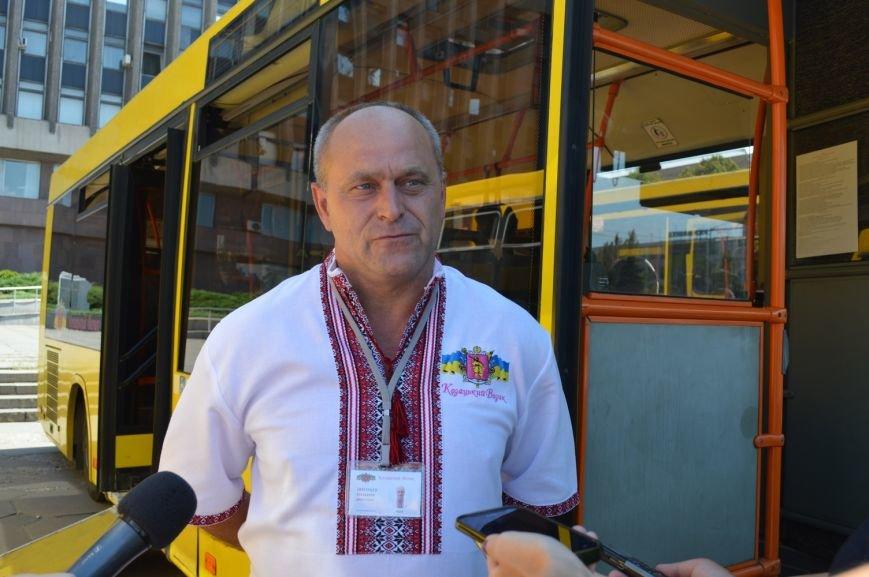 Запорожцы будут ездить в пригород на новых автобусах (ФОТО, ВИДЕО), фото-4
