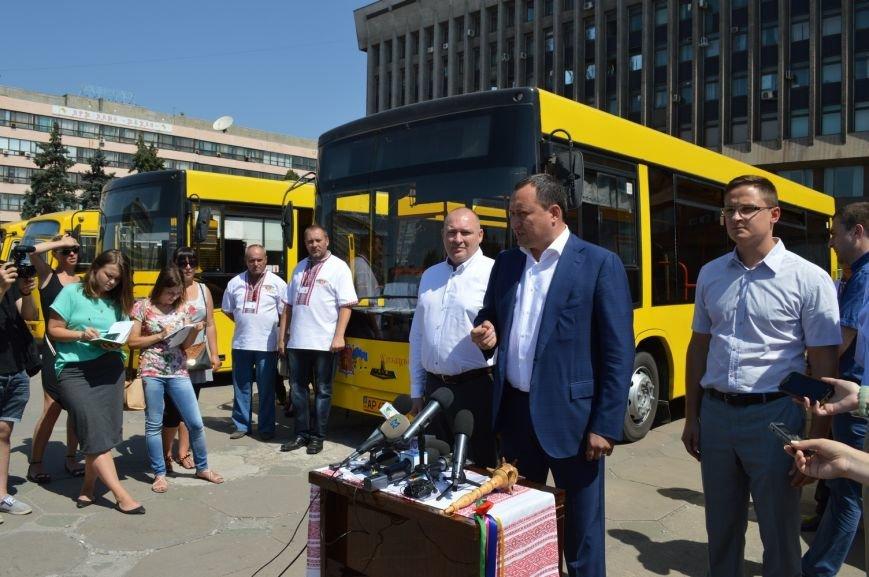 Запорожцы будут ездить в пригород на новых автобусах (ФОТО, ВИДЕО), фото-8