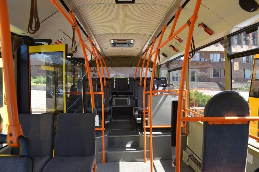 Запорожцы будут ездить в пригород на новых автобусах (ФОТО, ВИДЕО), фото-11