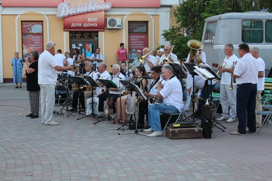 Концерт «Азовской чайки» прошел в Бердянске, фото-1