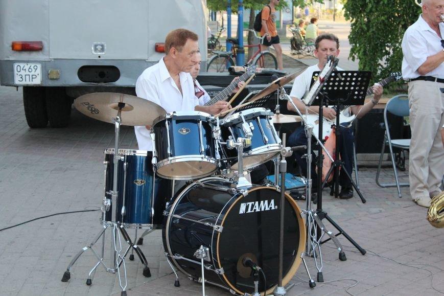 Концерт «Азовской чайки» прошел в Бердянске, фото-4