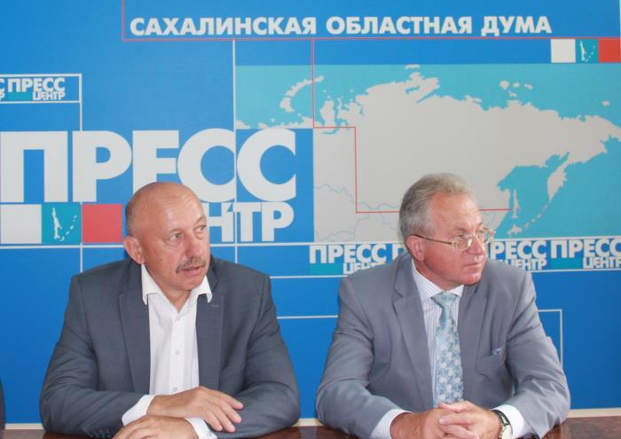 Сахалинские депутаты рассказали о дорогой жизни на Итурупе, фото-2