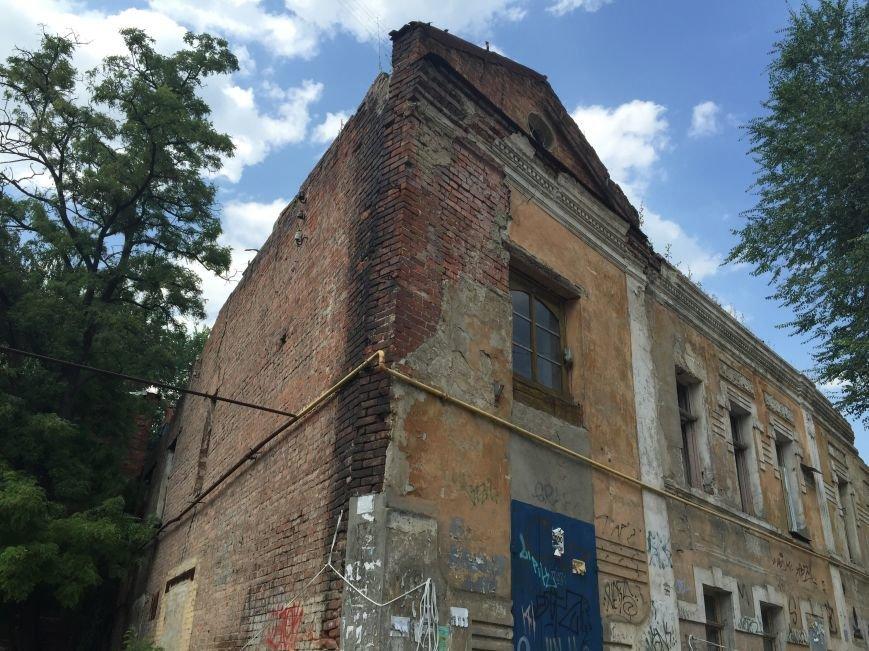 Из-за сноса заброшенного здания, в центре Харькова может рухнуть жилой дом (ФОТО), фото-8