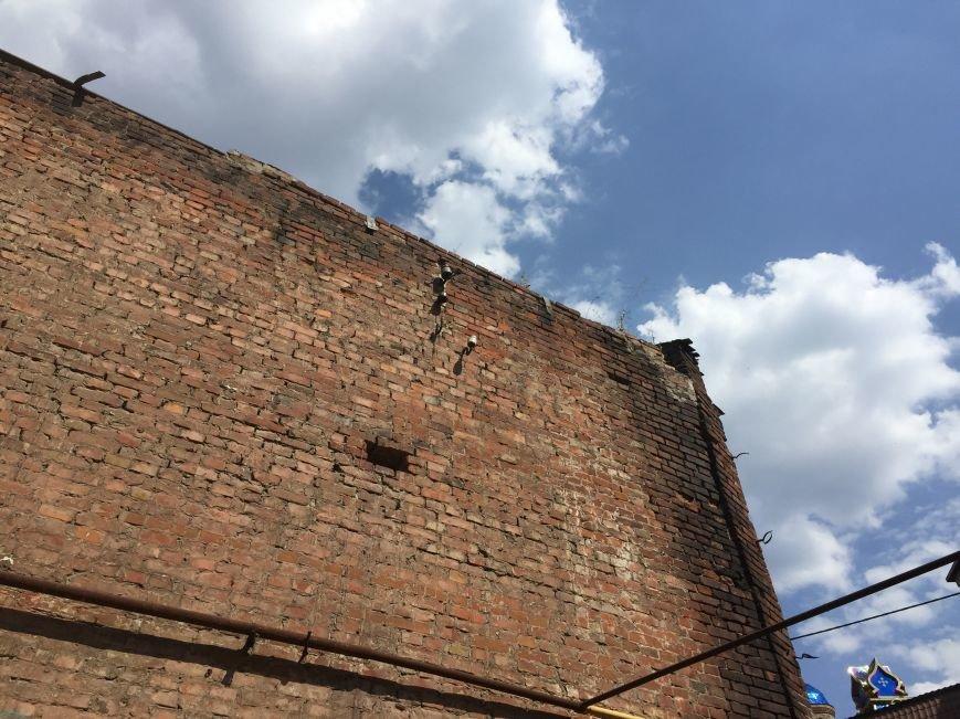 Из-за сноса заброшенного здания, в центре Харькова может рухнуть жилой дом (ФОТО), фото-1