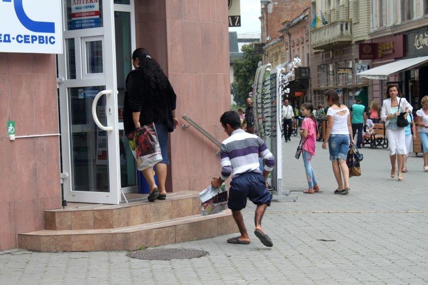Сергій з Корзо: «Я молюсь за кожного, хто дає мені милостиню», фото-2