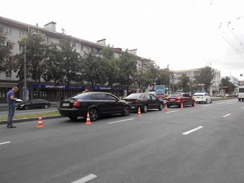 На центральном проспекте Запорожья произошло тройное ДТП (ФОТО), фото-6