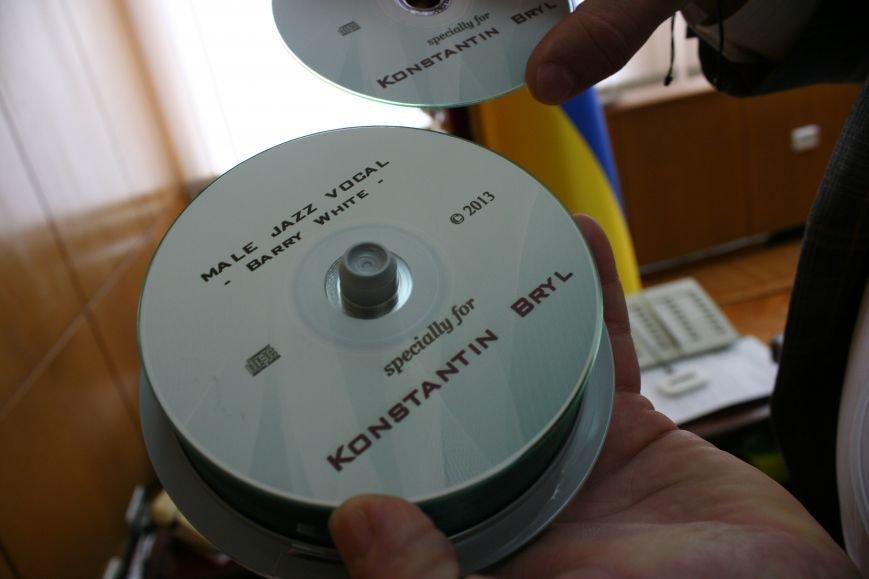 Рабочий стол запорожского губернатора: какими предметами окружил себя Константин Брыль, фото-7