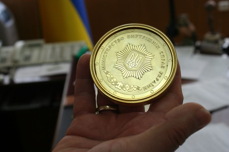 Рабочий стол запорожского губернатора: какими предметами окружил себя Константин Брыль, фото-12