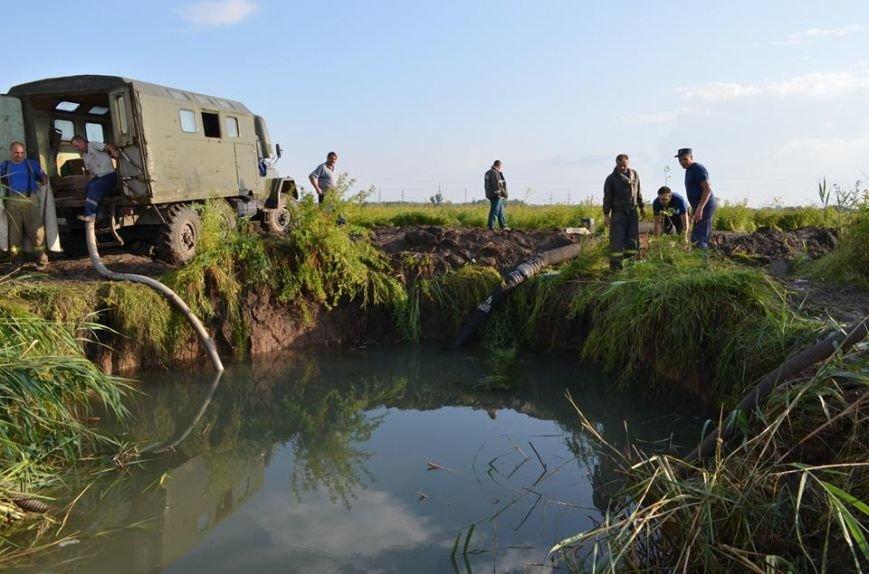 Рано утром в Новочеркасске ликвидировали аварию на водоводе, фото-2