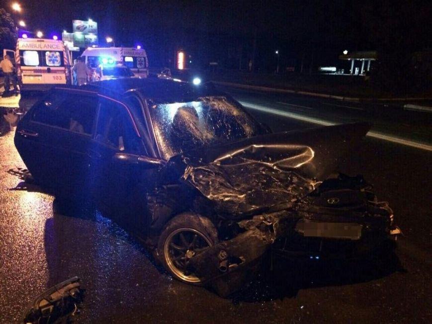 На Салтовке столкнулись два автомобиля: трое пострадавших (ФОТО), фото-1