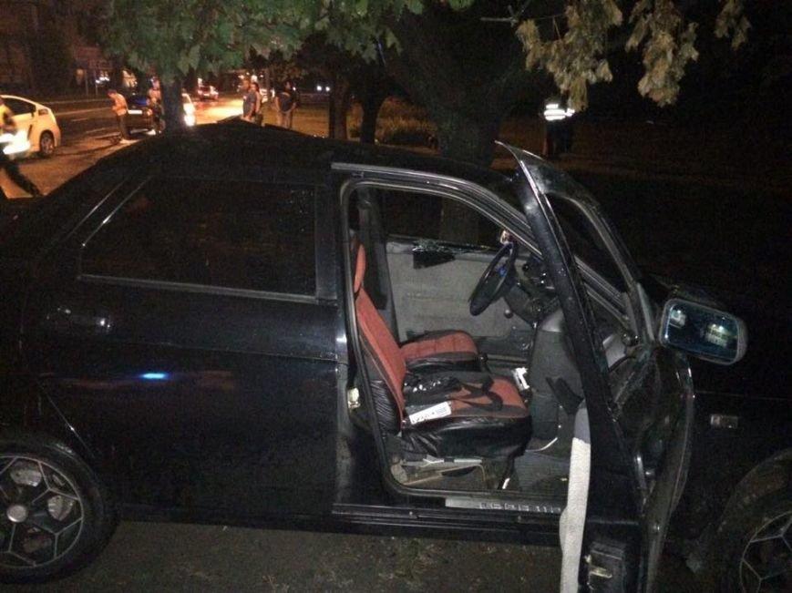 На Салтовке столкнулись два автомобиля: трое пострадавших (ФОТО), фото-3