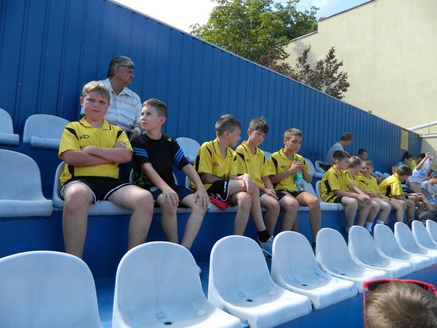 На стадионе «Школьный» состоялось открытие турнира по гандболу (фото), фото-1