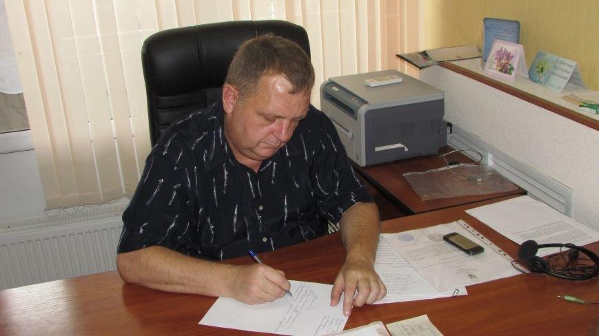В Мелитополе уже несколько часов продолжается захват муниципального телеканала (фото, видео), фото-2