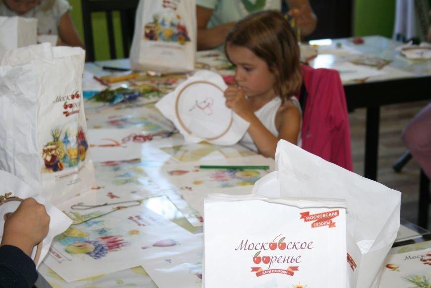 На фестивале варенья прошли мастер-классы по вышиванию для детей Троицка ТиНАО, фото-7