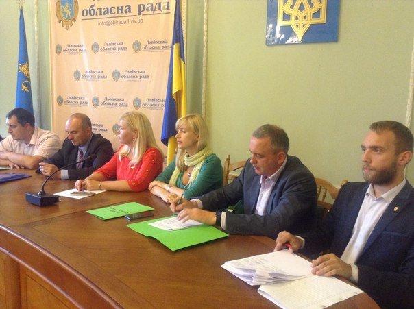 Львівська обласна рада звернулася до президента з вимогою знизити тарифи на комунальні послуги (ФОТО+ВІДЕО), фото-2