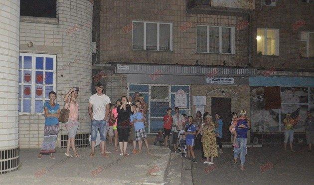 В Бердянске горит рынок - пострадал пожарный (ФОТО), фото-8