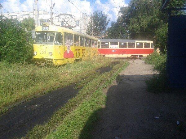 """В Харькове двойной трамвайный """"дрифт"""" (ФОТО), фото-3"""
