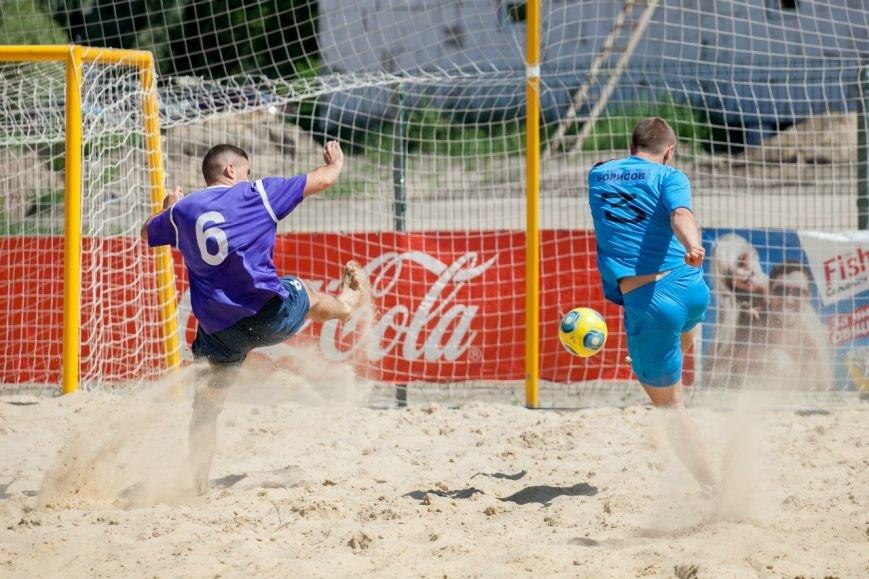 С мячом по раскалённому песку. Белгород примет этап Кубка России по пляжному футболу, фото-2