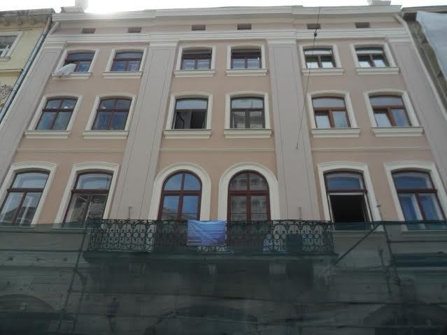 На площі Ринок, 18 завершують реставрувати пам'ятку архітектури (ФОТО), фото-2