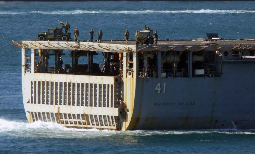 В Одессу направляется десантный корабль ВМС США [фото], фото-1