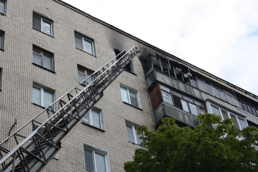 В районе Малого рынка дотла сгорела квартира: погиб мужчина (ФОТО), фото-2