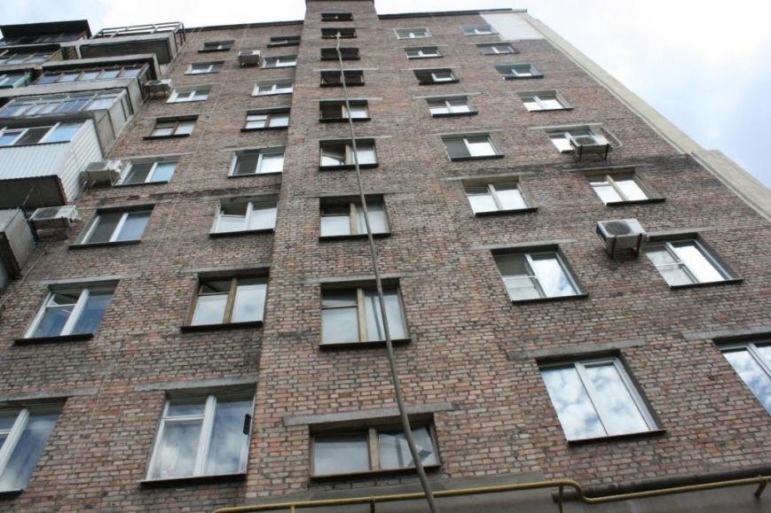 В районе Малого рынка дотла сгорела квартира: погиб мужчина (ФОТО), фото-1