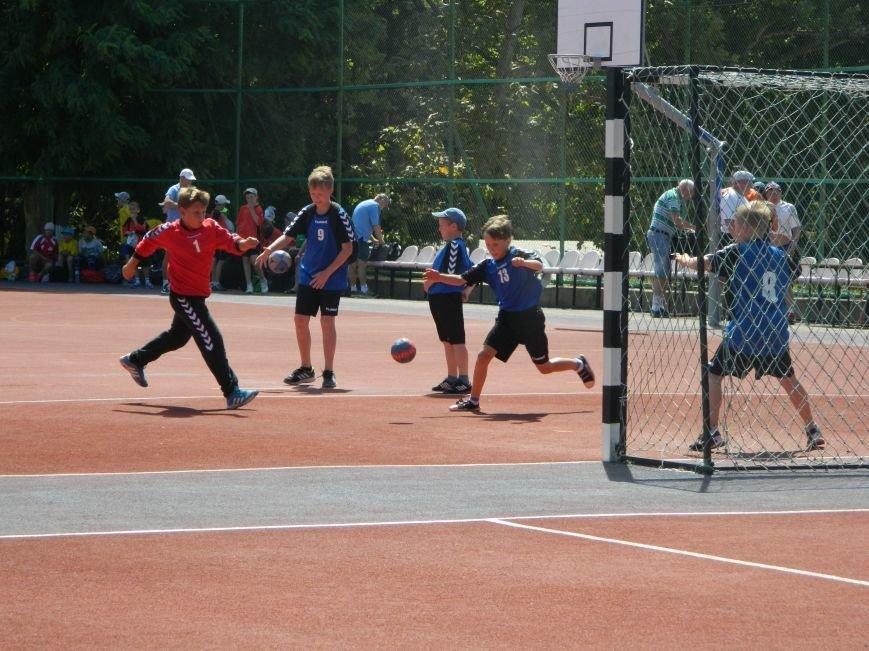 В Черноморске завершился открытый турнир по гандболу (Фото), фото-1