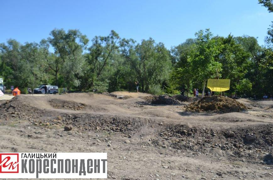В Опришівцях відкрили перший в Івано-Франківську памп-трек. Фото, фото-3