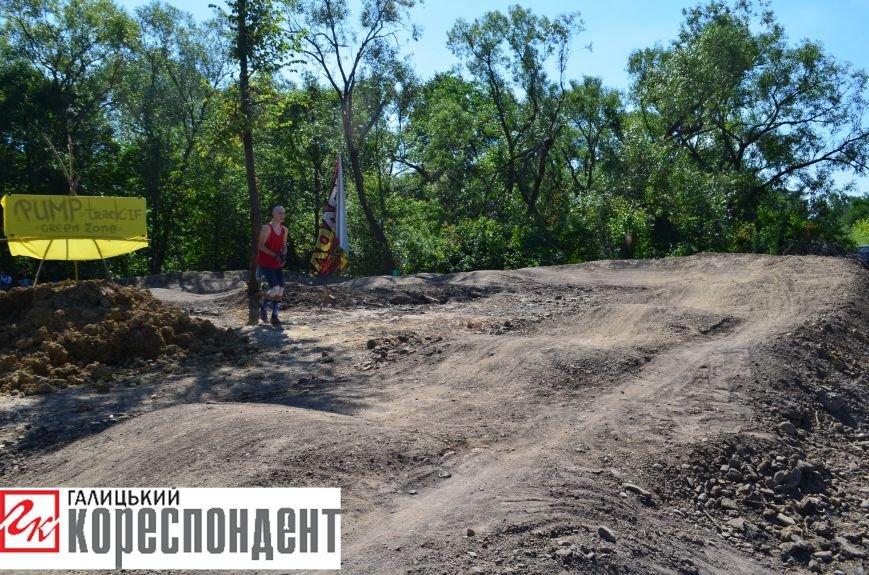 В Опришівцях відкрили перший в Івано-Франківську памп-трек. Фото, фото-2