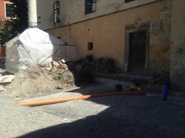 Вірменський дворик у Львові відреставрують за 540 тис. гривень (ФОТО), фото-7