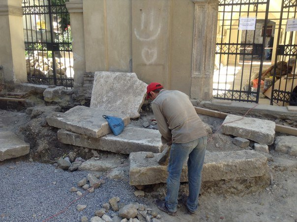 Вірменський дворик у Львові відреставрують за 540 тис. гривень (ФОТО), фото-5