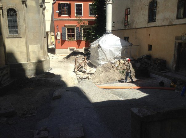Вірменський дворик у Львові відреставрують за 540 тис. гривень (ФОТО), фото-6