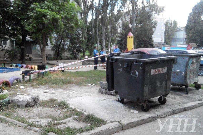 В Запорожье в мусорном баке нашли тело младенца (ФОТО), фото-1
