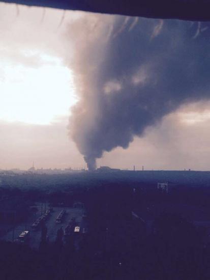 В Алчевске горели цистерны с бензолом (ФОТО), фото-1