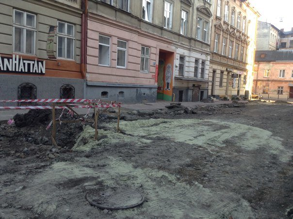 У Галицькому районі ремонтують вулицю Таманську: як проходить ремонт (ФОТО), фото-8