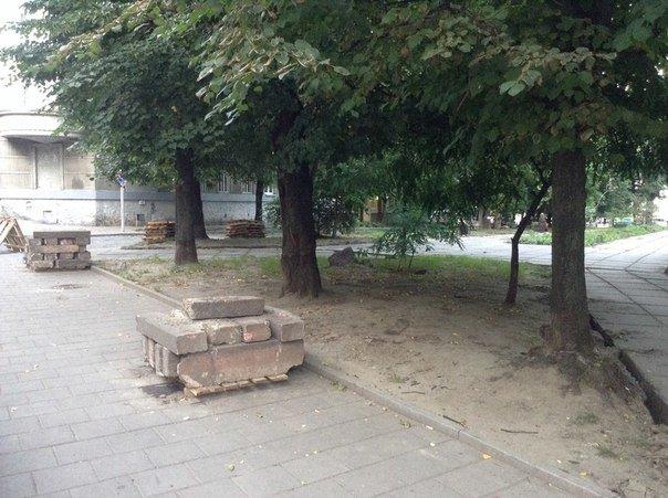 На вулиці Японській розпочали облаштовувати громадський простір (ФОТО), фото-7