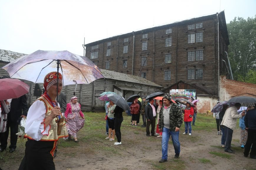 Под Волоконовкой прошла неофициальная деревенская олимпиада «Я — русский крестьянин», фото-1
