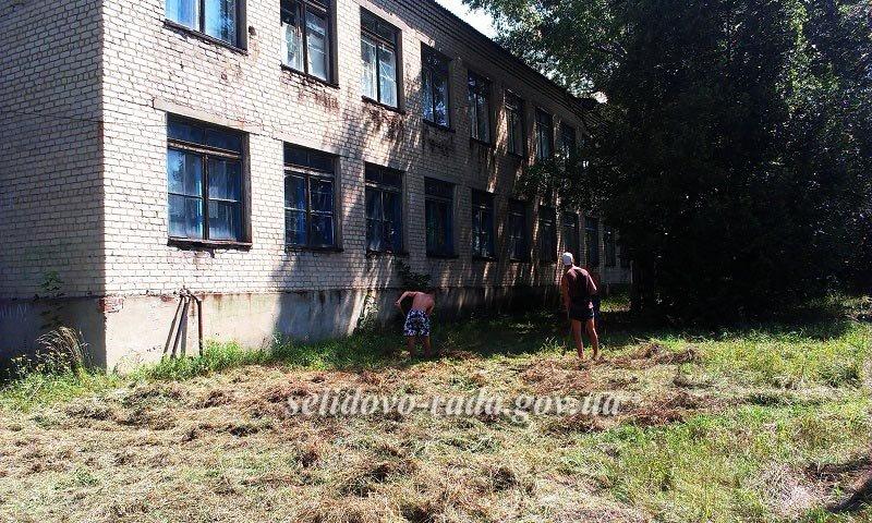 Вперше у Селидово організовані тимчасові громадські роботи для учнівської молоді, фото-2