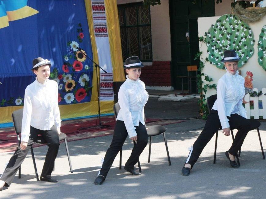 Воспитанницы колонии показали свои таланты (фото), фото-7