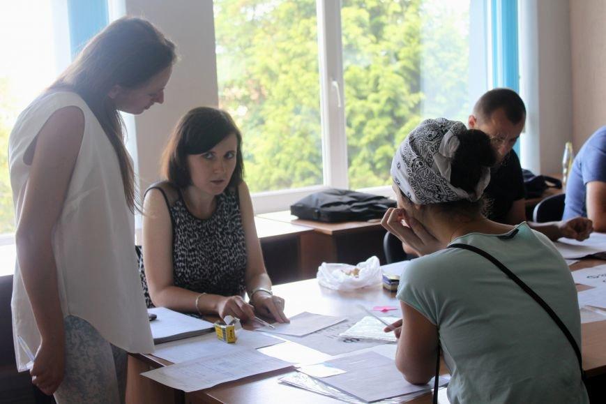 Вступна кампанія-2016 в Ужгороді: ноу-хау, рекорди та «нашестя» медиків (ІНФОГРАФІКА), фото-6