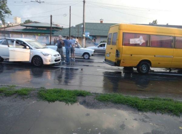 В Виннице одновременно побили четыре иномарки (Фото), фото-3