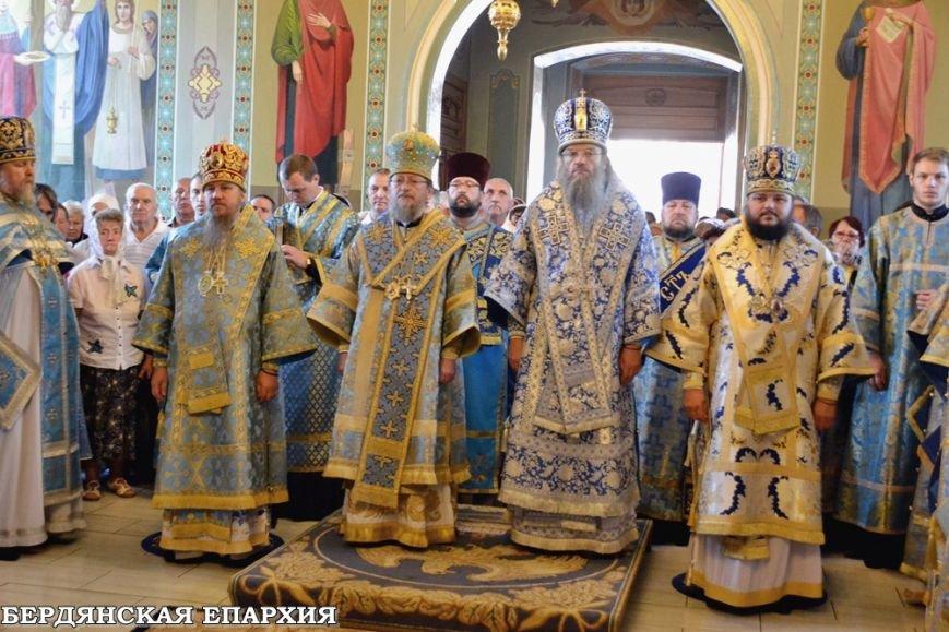 В кафедральном соборе Бердянска прошло праздничное богослужение, фото-3