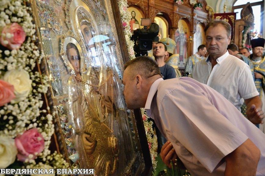 В кафедральном соборе Бердянска прошло праздничное богослужение, фото-6
