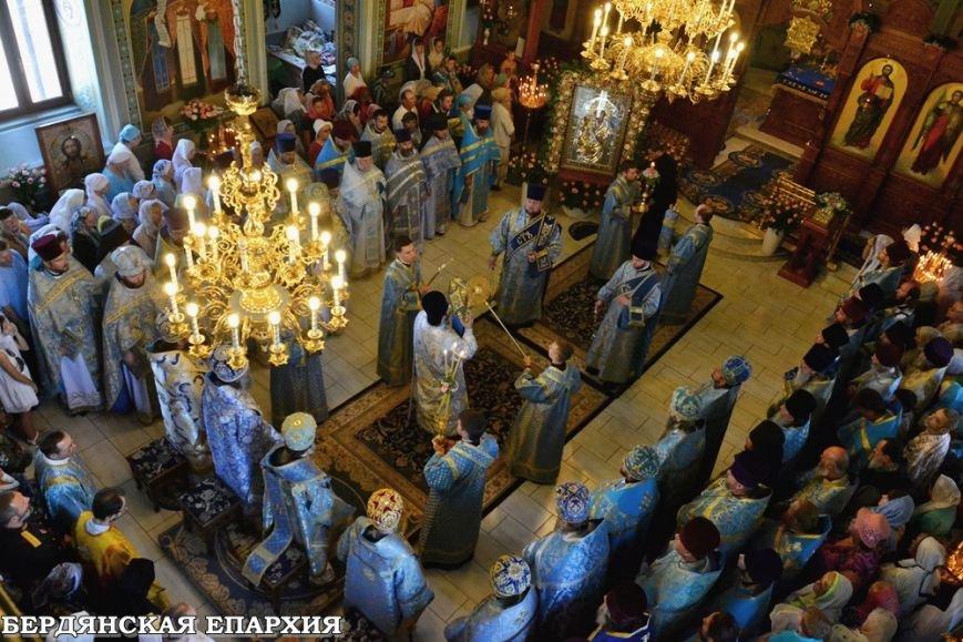 В кафедральном соборе Бердянска прошло праздничное богослужение, фото-4