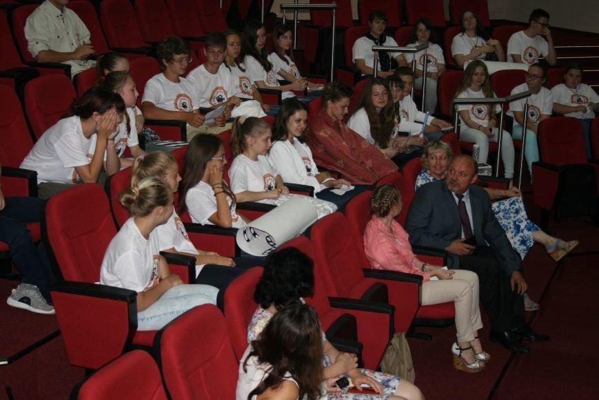 В Красной Пахре ТиНАО стартовала молодёжная конференция, фото-8