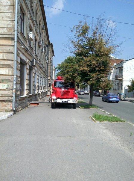 В Харькове горел апелляционный суд (ФОТО), фото-2