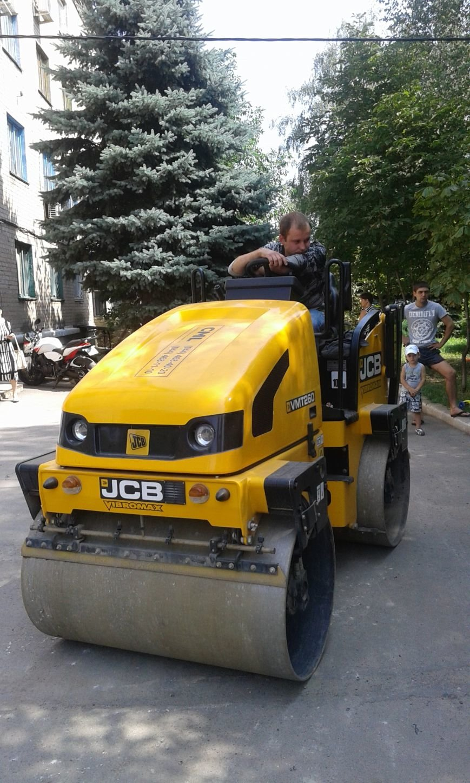 В Авдеевке обновляют дорожную разметку и продолжают ямочный  ремонт дорог (ФОТО), фото-5