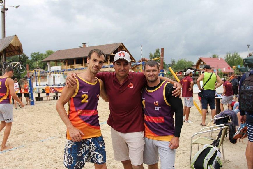 Ужгородець переміг на міжнародному турнірі з пляжного волейболу: фото, фото-2