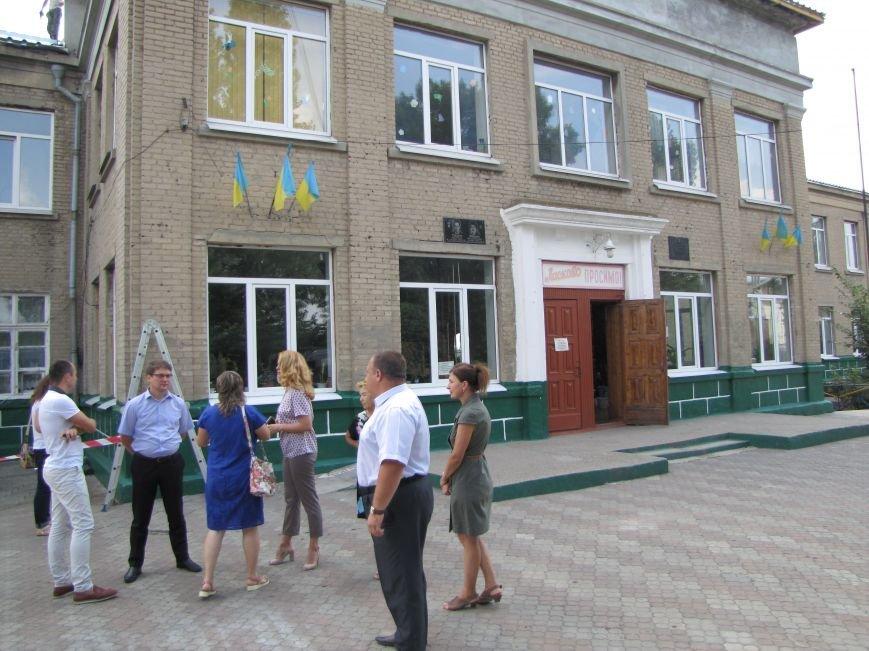 Старейшую школу в Мелитополе ремонтируют за миллион, фото-1