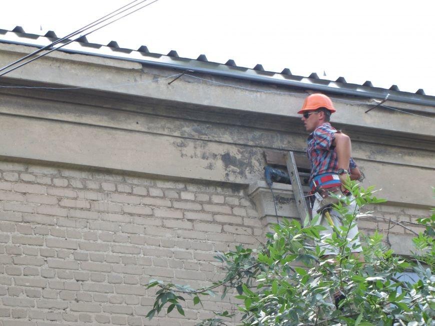 Старейшую школу в Мелитополе ремонтируют за миллион, фото-3